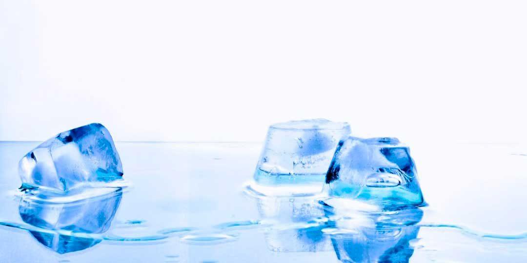 Cómo se hacen los cubitos de hielo